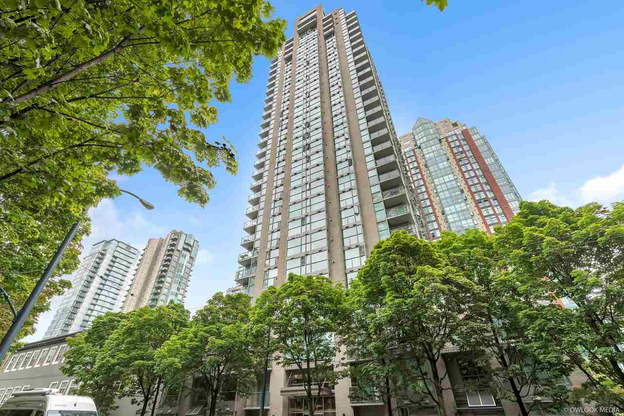 Main Photo: 403 928 RICHARDS Street in Vancouver: Yaletown Condo for sale (Vancouver West)  : MLS®# R2387758