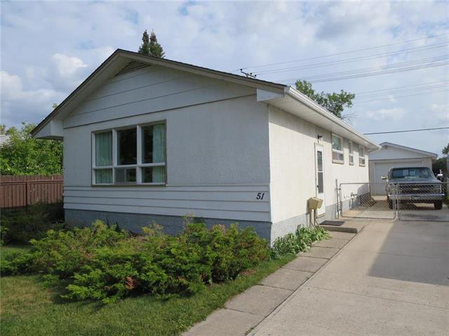 Bungalow 1,100 sq.ft, 3 Br, 1 Bath Built 1956