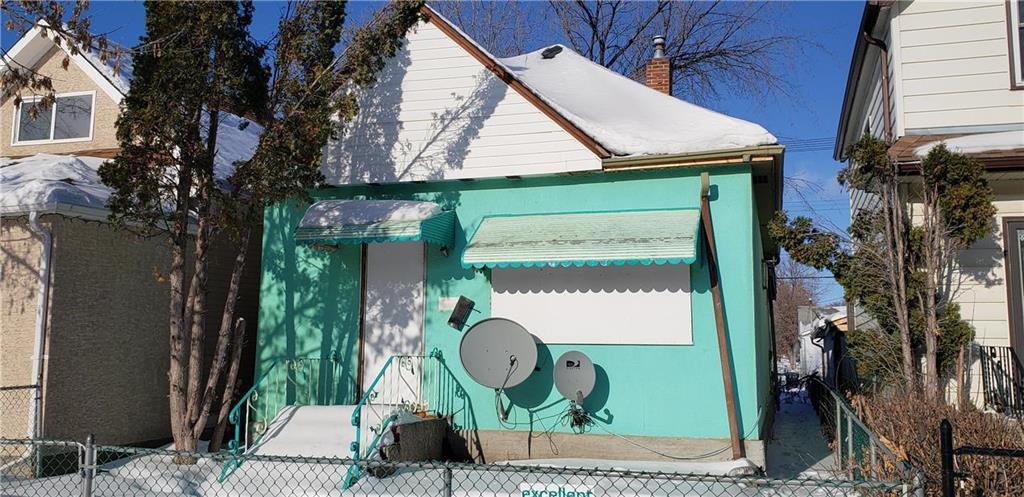 Main Photo: 1591 Alexander Avenue in Winnipeg: Weston Residential for sale (5D)  : MLS®# 202004505
