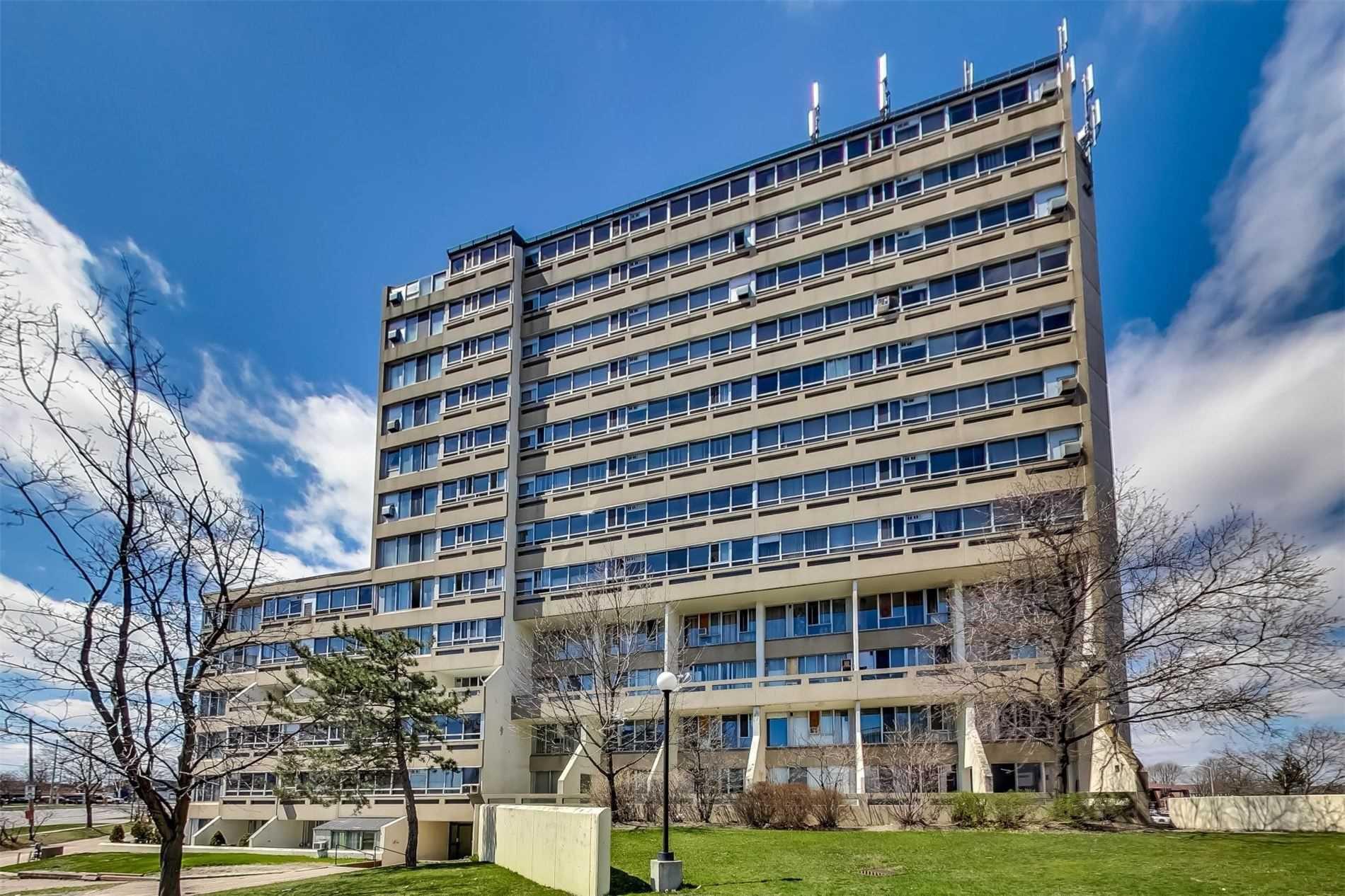 Main Photo: 212 5580 E Sheppard Avenue in Toronto: Malvern Condo for sale (Toronto E11)  : MLS®# E4747223
