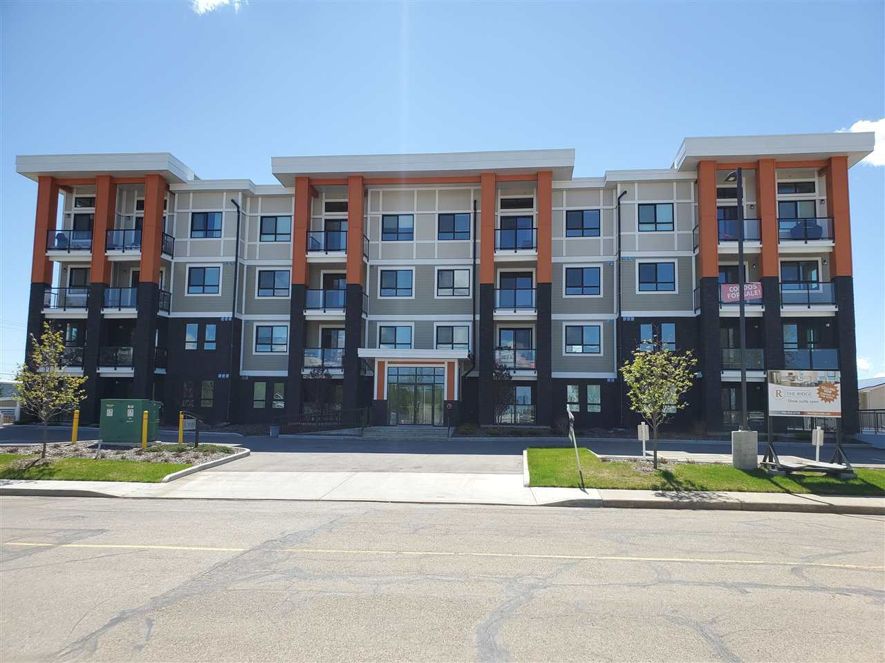 Main Photo: 108 17 COLUMBIA Avenue W: Devon Condo for sale : MLS®# E4203927
