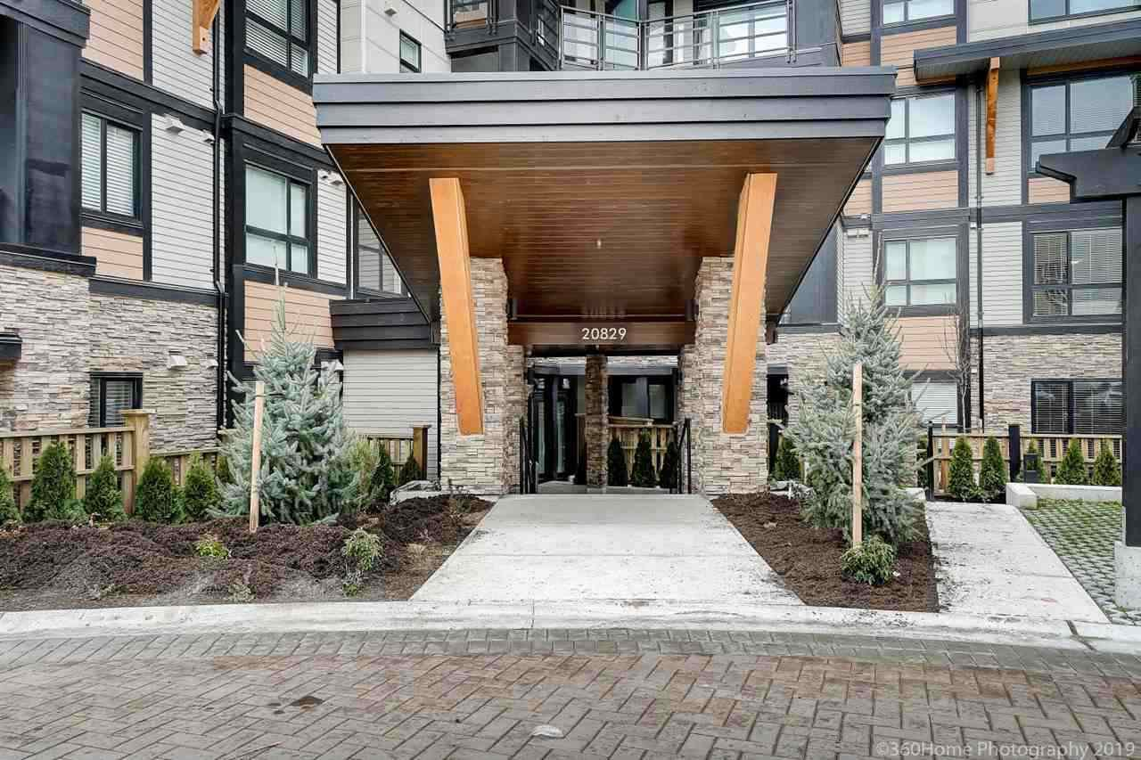 "Main Photo: 205 20829 77A Avenue in Langley: Willoughby Heights Condo for sale in ""THE WEX"" : MLS®# R2482351"