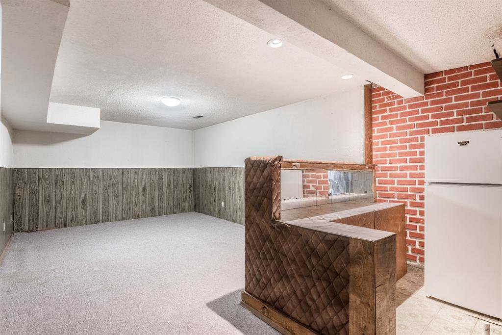 Photo 25: Photos: 534 QUEENSLAND Place SE in Calgary: Queensland Semi Detached for sale : MLS®# A1020359