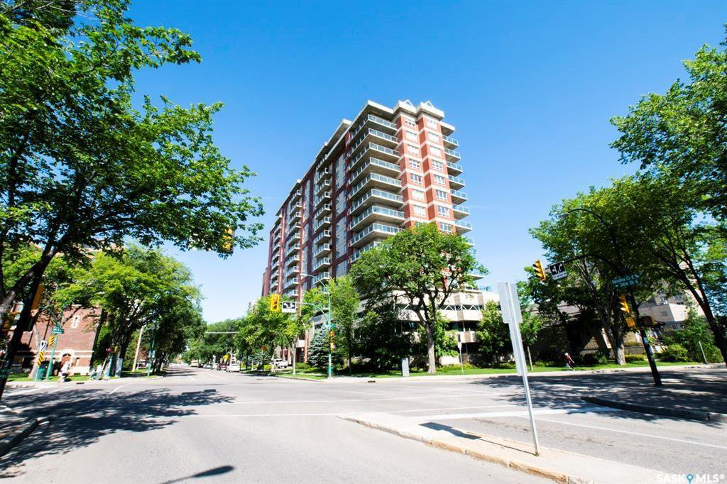 Main Photo: 1404 902 Spadina Crescent East in Saskatoon: Central Business District Residential for sale : MLS®# SK828060