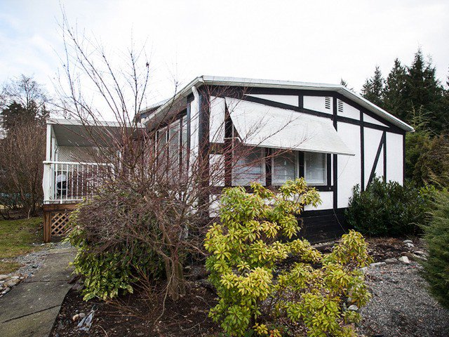 "Main Photo: 46 2270 196 Street in Langley: Brookswood Langley Manufactured Home for sale in ""Pineridge"" : MLS®# F1228109"