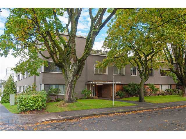 Main Photo: # 107 1695 W 10TH AV in Vancouver: Fairview VW Condo for sale (Vancouver West)  : MLS®# V1091610