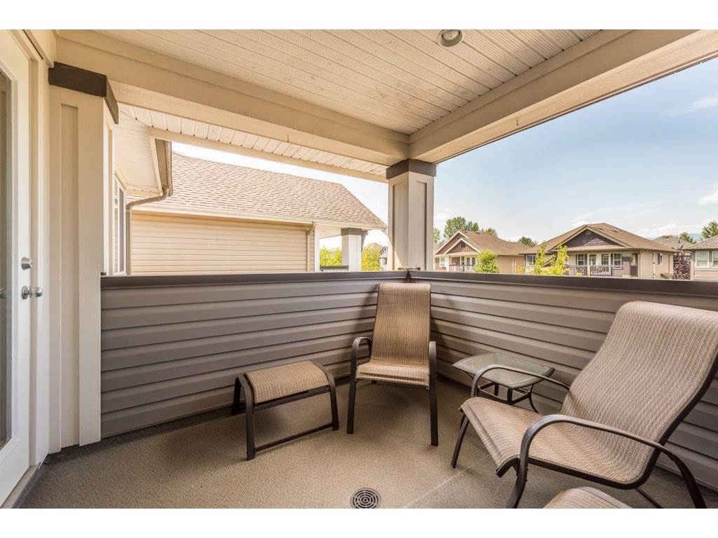 Photo 16: Photos: 19596 THORBURN WAY in Pitt Meadows: South Meadows House for sale : MLS®# R2292251