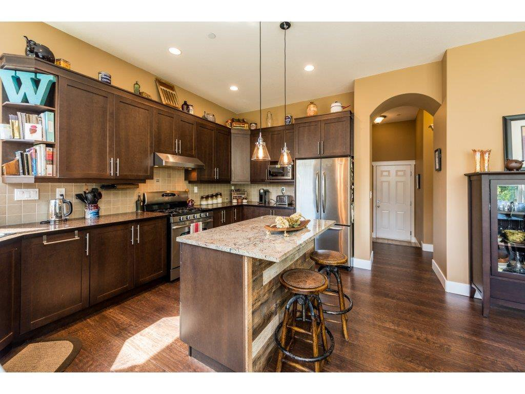 Photo 8: Photos: 19596 THORBURN WAY in Pitt Meadows: South Meadows House for sale : MLS®# R2292251