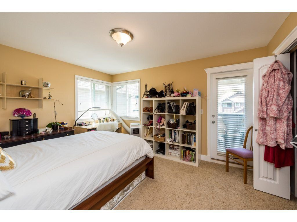 Photo 15: Photos: 19596 THORBURN WAY in Pitt Meadows: South Meadows House for sale : MLS®# R2292251