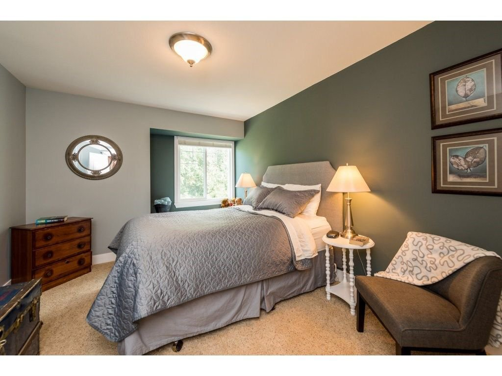 Photo 11: Photos: 19596 THORBURN WAY in Pitt Meadows: South Meadows House for sale : MLS®# R2292251