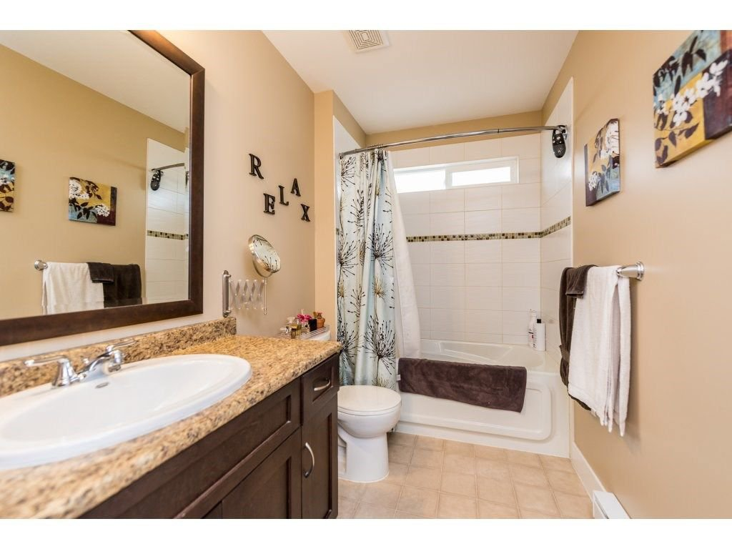 Photo 14: Photos: 19596 THORBURN WAY in Pitt Meadows: South Meadows House for sale : MLS®# R2292251