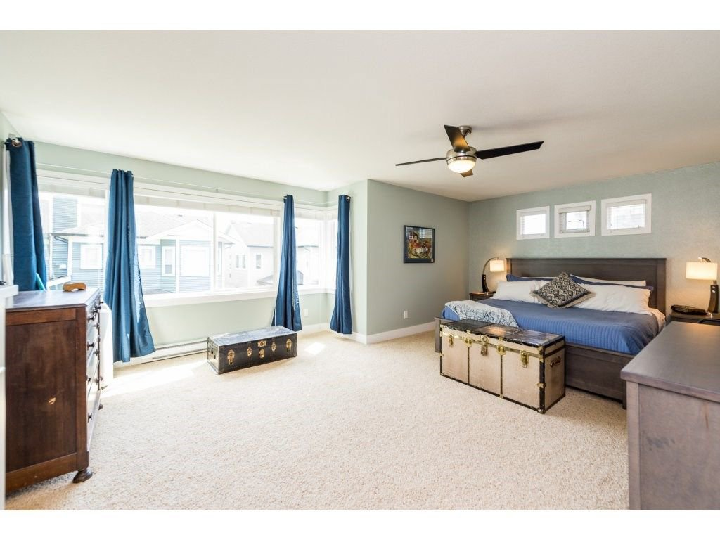 Photo 12: Photos: 19596 THORBURN WAY in Pitt Meadows: South Meadows House for sale : MLS®# R2292251