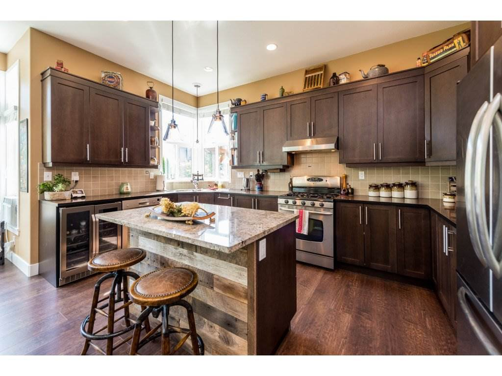 Photo 7: Photos: 19596 THORBURN WAY in Pitt Meadows: South Meadows House for sale : MLS®# R2292251