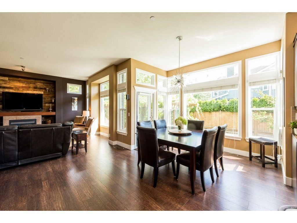 Photo 6: Photos: 19596 THORBURN WAY in Pitt Meadows: South Meadows House for sale : MLS®# R2292251