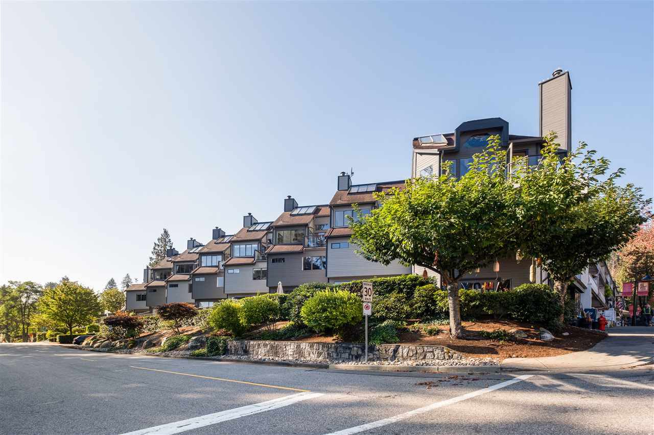 "Main Photo: 11 2151 BANBURY Road in North Vancouver: Deep Cove Townhouse for sale in ""Mariners Cove"" : MLS®# R2507559"