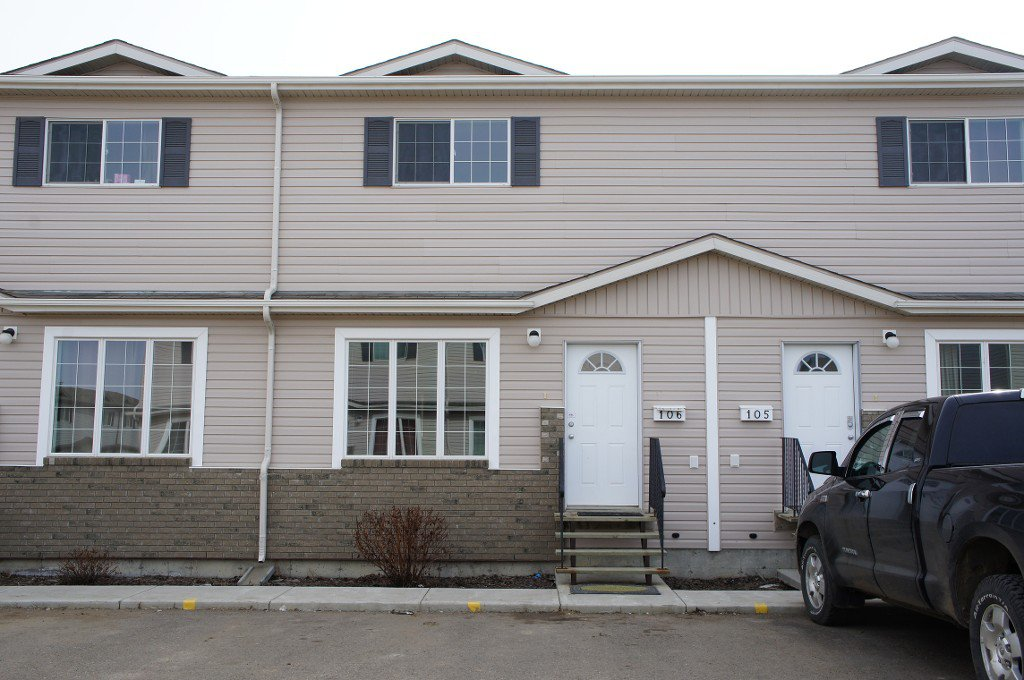 Main Photo: 106 4701 47TH AVENUE in Lloydminster East: Residential Attached for sale (Lloydminster SK)  : MLS®# 46770