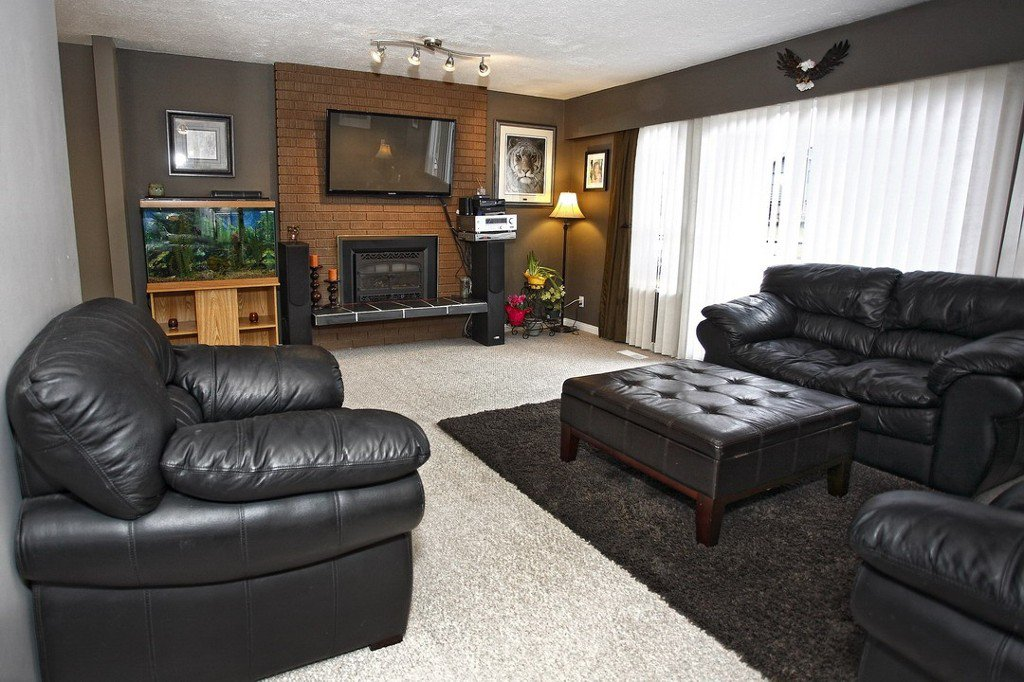 """Photo 5: Photos: 32865 12TH Avenue in Mission: Mission BC House for sale in """"CEDAR/CADE BARR"""" : MLS®# F1304927"""