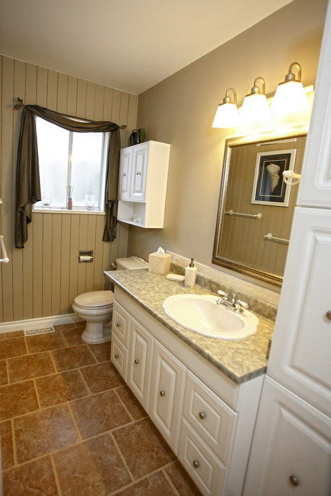 """Photo 9: Photos: 32865 12TH Avenue in Mission: Mission BC House for sale in """"CEDAR/CADE BARR"""" : MLS®# F1304927"""