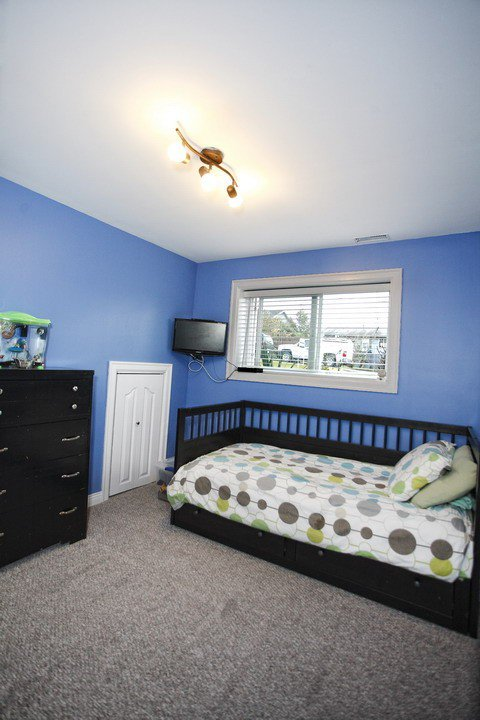 """Photo 15: Photos: 32865 12TH Avenue in Mission: Mission BC House for sale in """"CEDAR/CADE BARR"""" : MLS®# F1304927"""