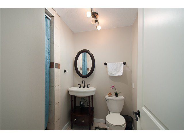 Photo 10: Photos: 2045 CLIFFWOOD RD in North Vancouver: Deep Cove House for sale : MLS®# V1106333