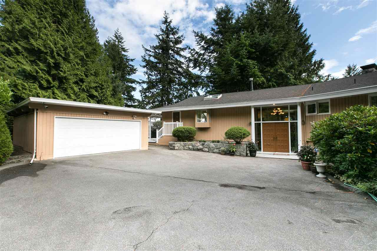 Main Photo: : West Vancouver House for rent : MLS®# AR017G