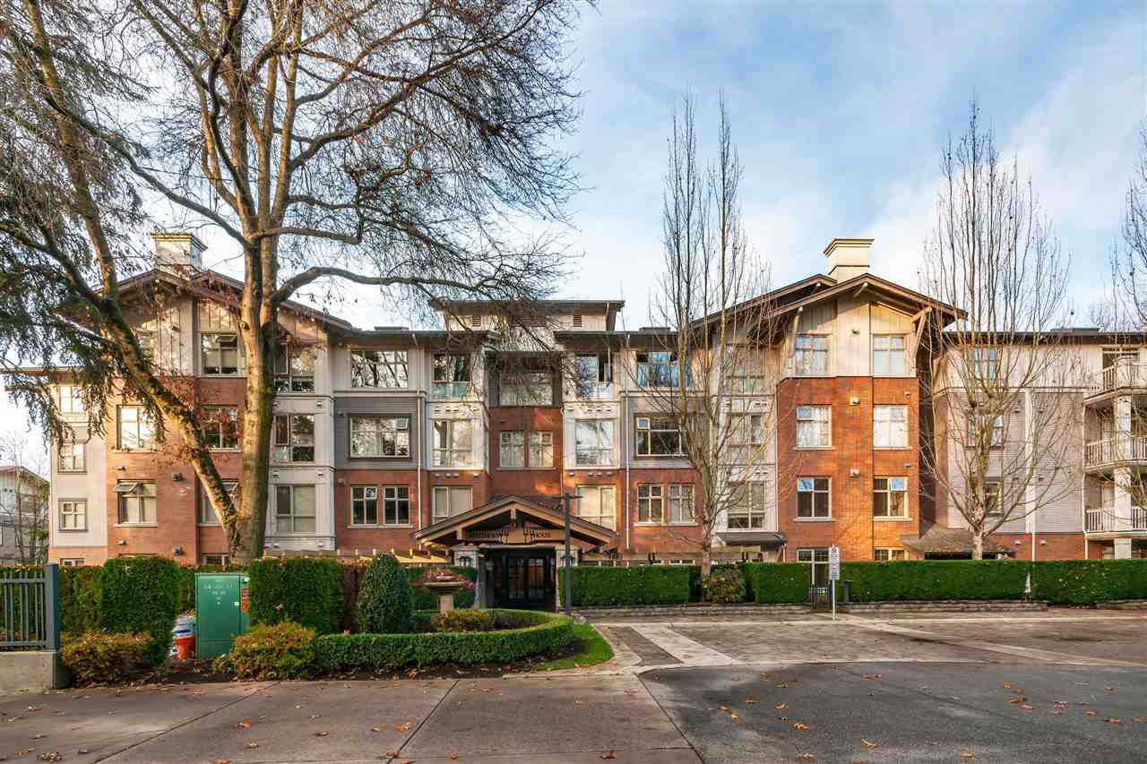 """Main Photo: 203 4883 MACLURE Mews in Vancouver: Quilchena Condo for sale in """"MATTHEWS HOUSE"""" (Vancouver West)  : MLS®# R2423336"""