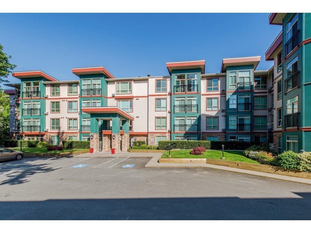 """Main Photo: 305 33485 SOUTH FRASER Way in Abbotsford: Central Abbotsford Condo for sale in """"Citadel Ridge"""" : MLS®# R2425076"""