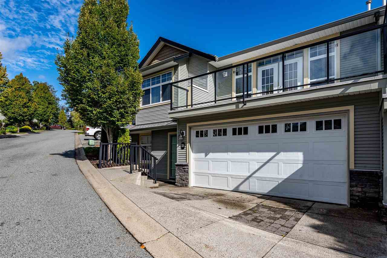 """Main Photo: 21 36260 MCKEE Road in Abbotsford: Abbotsford East Townhouse for sale in """"King's Gate"""" : MLS®# R2502794"""
