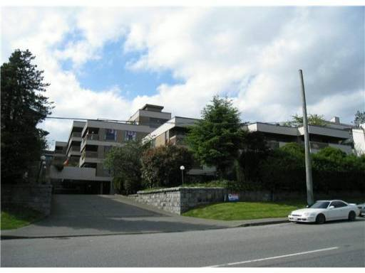 """Main Photo: 308 715 ROYAL Avenue in New Westminster: Uptown NW Condo for sale in """"VISTA ROYAL"""" : MLS®# V957705"""