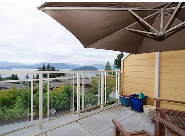 """Photo 5: Photos: 8522 SEASCAPE Court in West Vancouver: Howe Sound Townhouse for sale in """"SEASCAPES"""" : MLS®# V964816"""