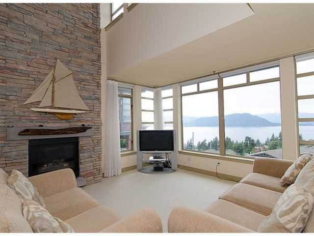 """Photo 2: Photos: 8522 SEASCAPE Court in West Vancouver: Howe Sound Townhouse for sale in """"SEASCAPES"""" : MLS®# V964816"""