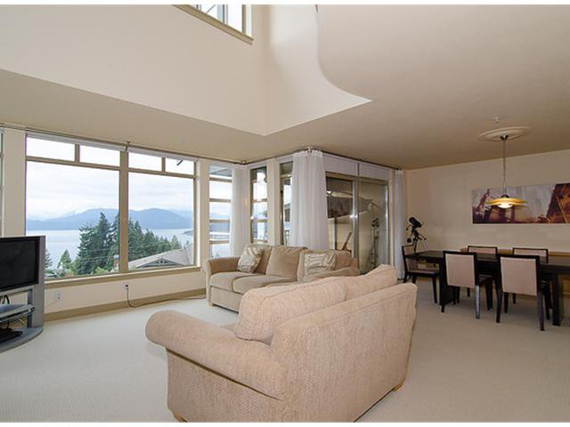 """Photo 3: Photos: 8522 SEASCAPE Court in West Vancouver: Howe Sound Townhouse for sale in """"SEASCAPES"""" : MLS®# V964816"""