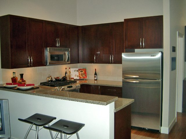 Main Photo: 306 3811 Hastings St in Mondeo: Vancouver Heights Home for sale ()