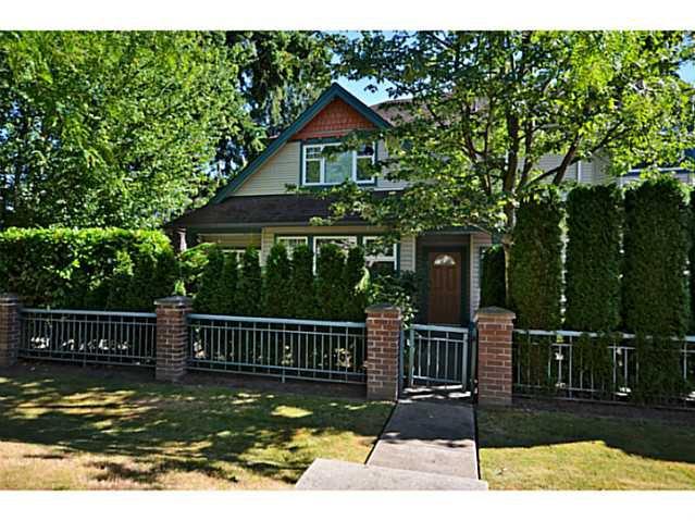 "Main Photo: 13 9088 DIXON Avenue in Richmond: Garden City Townhouse for sale in ""Dixon Court"" : MLS®# V1021897"