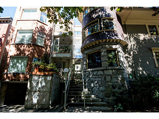 Main Photo: 1403 Pendrell Street in Vancouver: Condo for sale : MLS®# V1075852