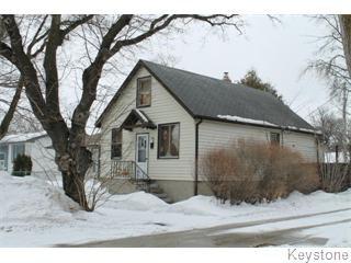Main Photo: 506 Rosseau Avenue East in Winnipeg: Transcona Single Family Detached for sale (North East Winnipeg)  : MLS®# 1305692
