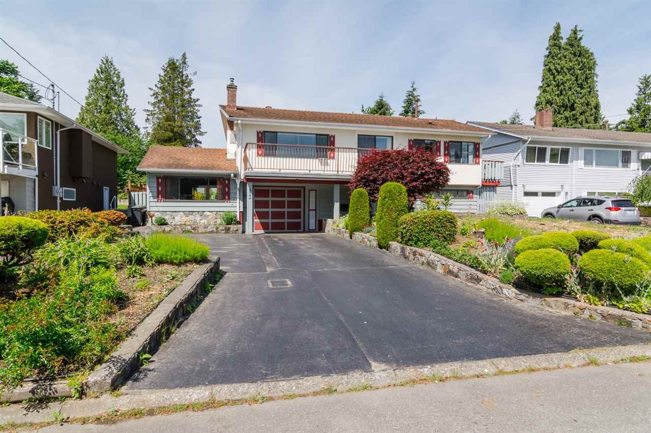 Main Photo: 822 ATKINS STREET in Coquitlam: Harbour Place House for sale : MLS®# R2075794
