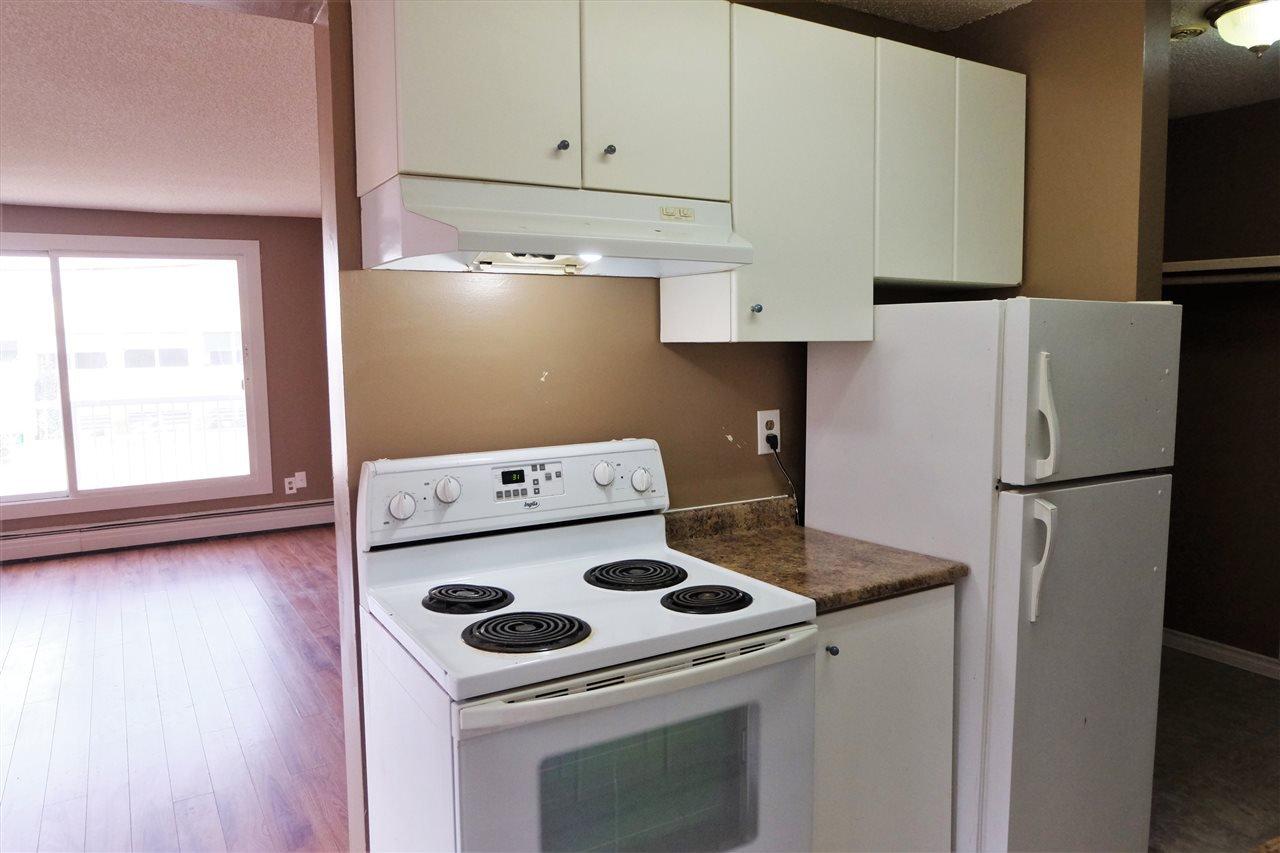 Main Photo: 210 8640 106 Avenue in Edmonton: Zone 13 Condo for sale : MLS®# E4175466