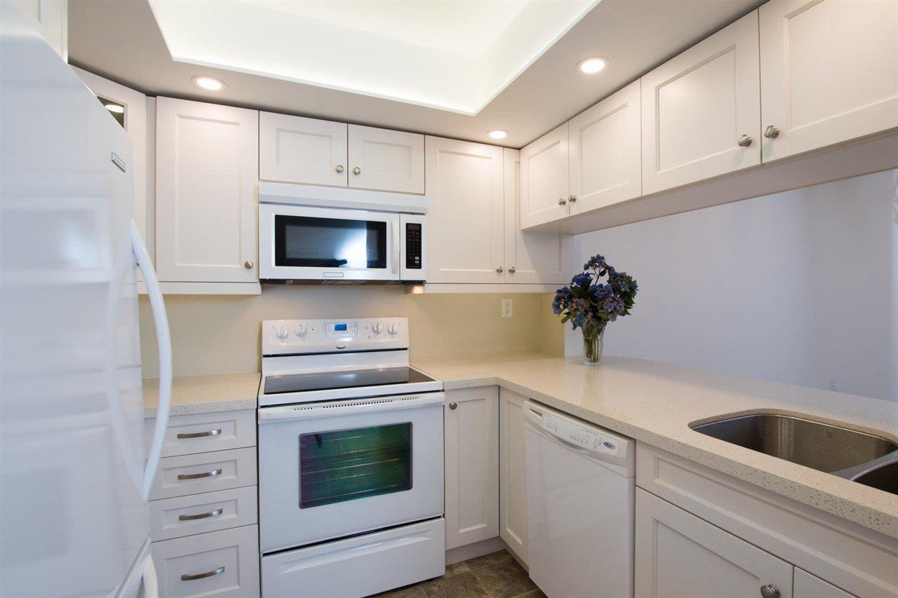 """Main Photo: 103 1441 GARDEN Place in Delta: Cliff Drive Condo for sale in """"MAGNOLIA"""" (Tsawwassen)  : MLS®# R2485849"""