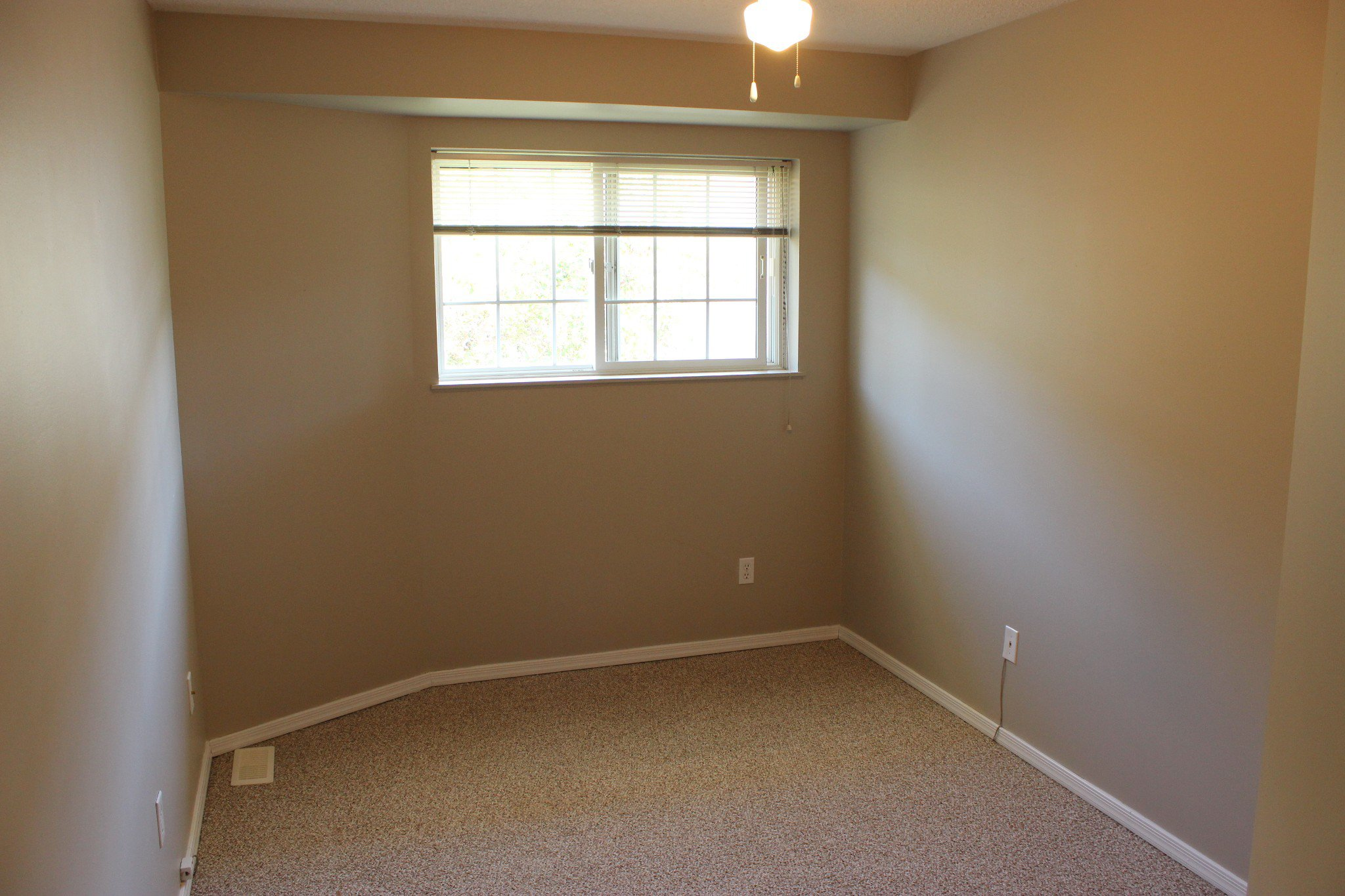 Photo 11: Photos: 47 2020 Robson Place in Kamloops: Sahali Multifamily for sale : MLS®# 158378