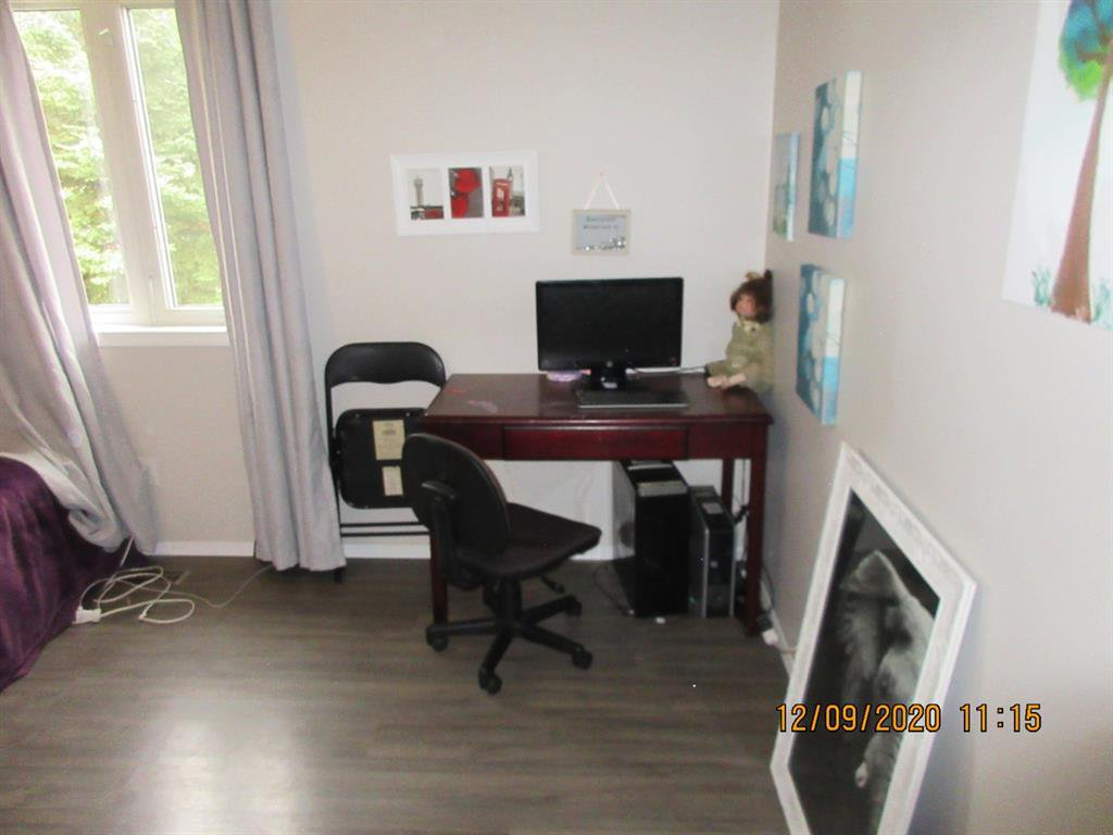 Photo 12: Photos: 5205 45 Street in Rimbey: NONE Residential for sale : MLS®# A1033139