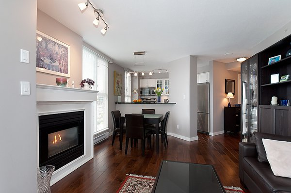 Photo 9: Photos: 805 1633 W 8TH Avenue in Vancouver: Fairview VW Condo for sale (Vancouver West)  : MLS®# V972144