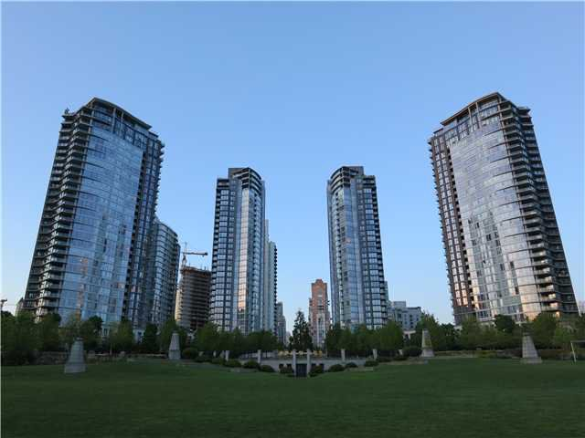 "Main Photo: 1807 455 BEACH Crescent in Vancouver: Yaletown Condo for sale in ""PARK WEST ONE"" (Vancouver West)  : MLS®# V965553"