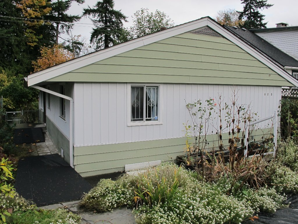 Main Photo: 625 E COLUMBIA Street in New Westminster: The Heights NW House for sale : MLS®# V978013