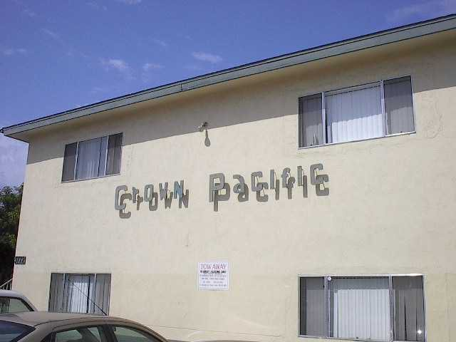 Main Photo: CROWN POINT Home for sale or rent : 2 bedrooms : 3772 INGRAHAM #6 in SAN DIEGO