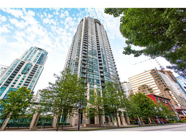 Main Photo: #3202-1239 West Georgia St in Vancouver West: Coal Harbour Condo for sale