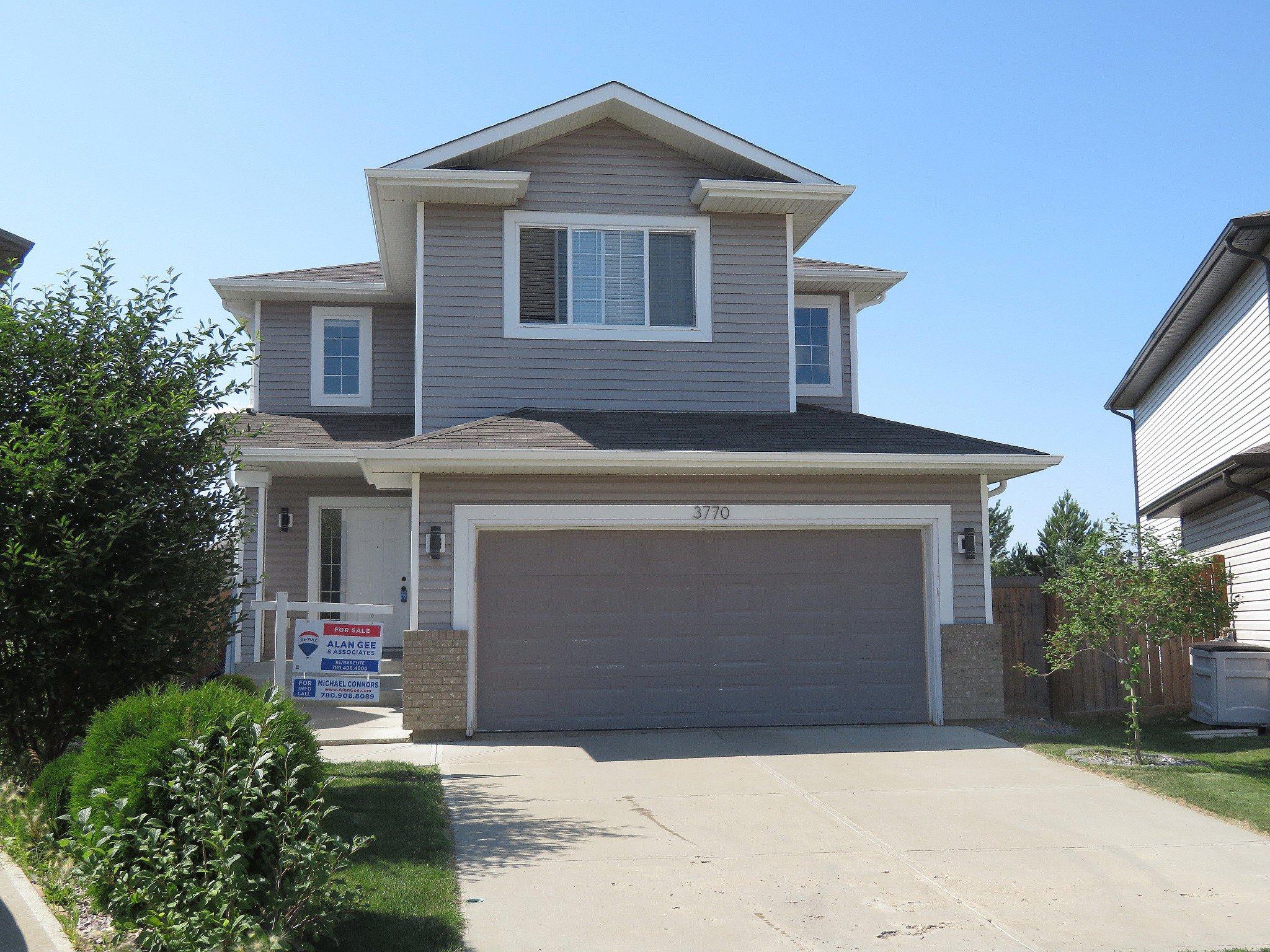 Main Photo: 3770 13 Street NW: Edmonton House for sale : MLS®# E4120517