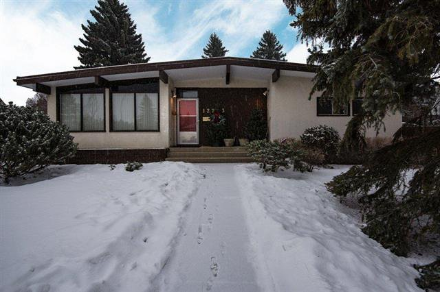 Main Photo: 12203 41 AV NW in Edmonton: House for sale : MLS®# E4140297