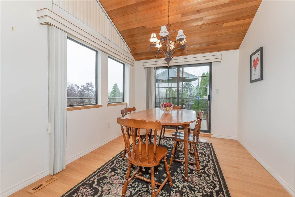 Photo 6: Photos: 2943 KEETS DRIVE in Coquitlam: Ranch Park House for sale : MLS®# R2413200