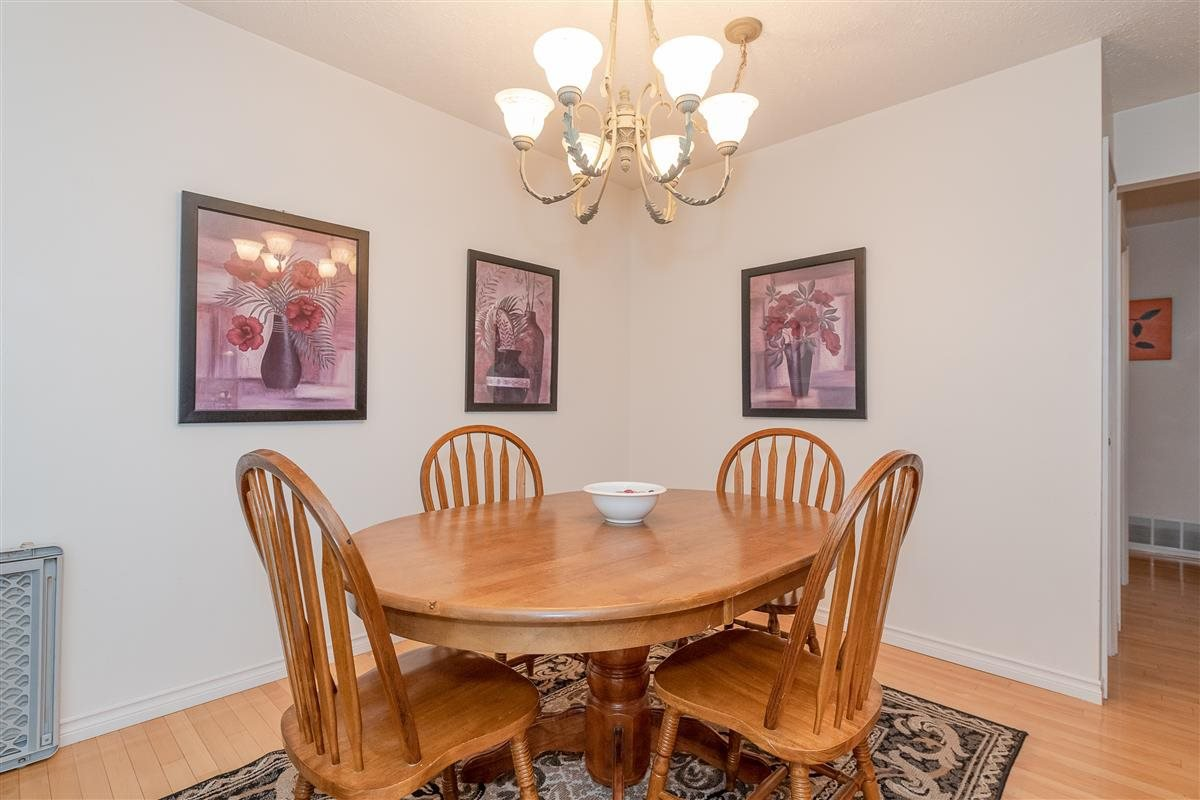 Photo 4: Photos: 2943 KEETS DRIVE in Coquitlam: Ranch Park House for sale : MLS®# R2413200